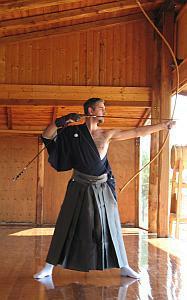 Nel Kyudo l'azione coinvolge corpo, energia e mente